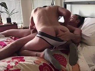 Γέρος μπαμπάς γκέι πορνό