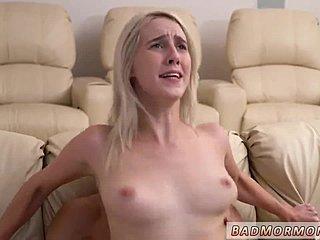 Κοκαλιάρικο γυμνό έφηβοι