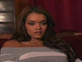 Ebony lesbisk klip