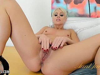 Amateurs, Mature, Solo, Masturbation, High definition, Cum, Blonde