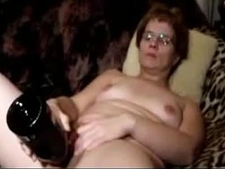 Έφηβος γαμήσι sex.comμεγάλο πουλί πισινό φούσκα