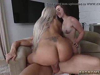 ξανθιά Milf σεξ βίντεο