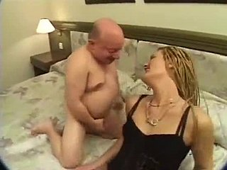 Straightbait amateur sucking two small cocks