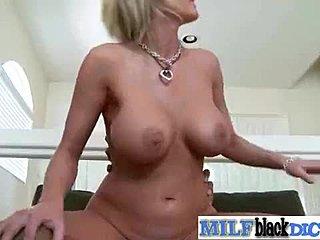 Μαύρος/η μαύρο πορνό
