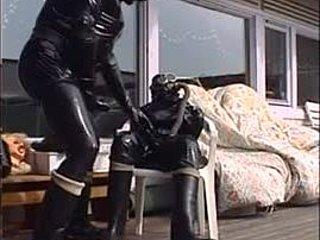 Χεντάι σεξ κούκλα πορνό μεγάλος γοφών τριχωτό μουνί