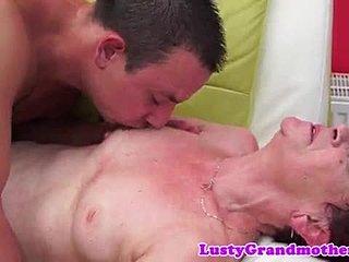 γριά γιαγιά milf πορνό