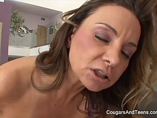 Joustava anaali seksiä